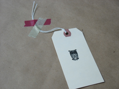 Packaging - Japanese washi tape + gift tag with stamped owl :)